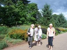 Anne, Eastlyn, Pamela & Helen on the Broad Walk